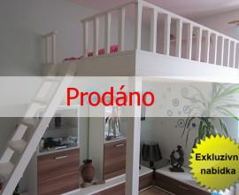 Exkluzivní prodej zařízeného bytu 1+kk, 33m2, OV, Jesenice, Praha - západ