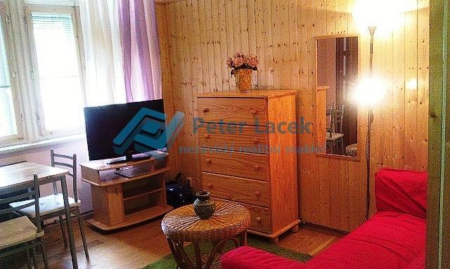 pronájem bytu 1+kk Bulharská