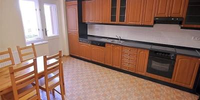 Pronájem bytu 3+1, 130m2 hala, balkonek, Praha 6 Bubeneč ul. Terronská