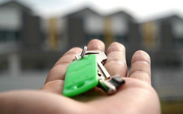 Nájem nebo vlastní bydlení