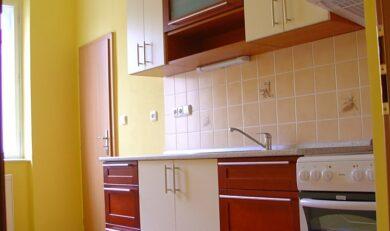 Pronájem bytu 1+1, 44m2, Praha 7 – Holešovice, ul. Poupětova