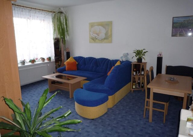 Pronájem bytu 2+1, 55m2, Praha Smíchov Malvazinky